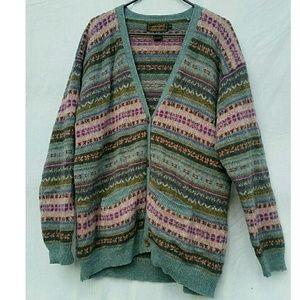 Beautiful Vintage Eddie Bauer 100% Wool Cardigan